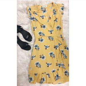 Monteau Yellow Faux Wrap Dress Size Medium